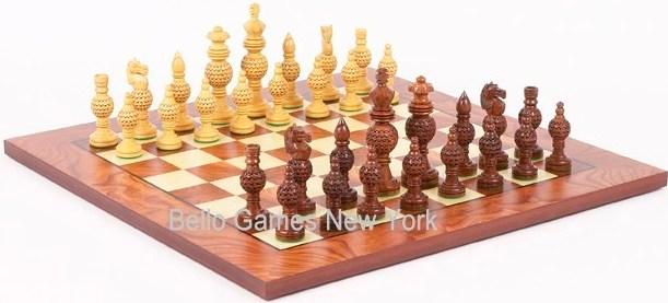 Monaco Deluxe Chessmen & Agostino Chess Board from Italy