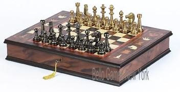 Bello Stefano Chessmen & Napoli Chess/Cabinet Board from Italy